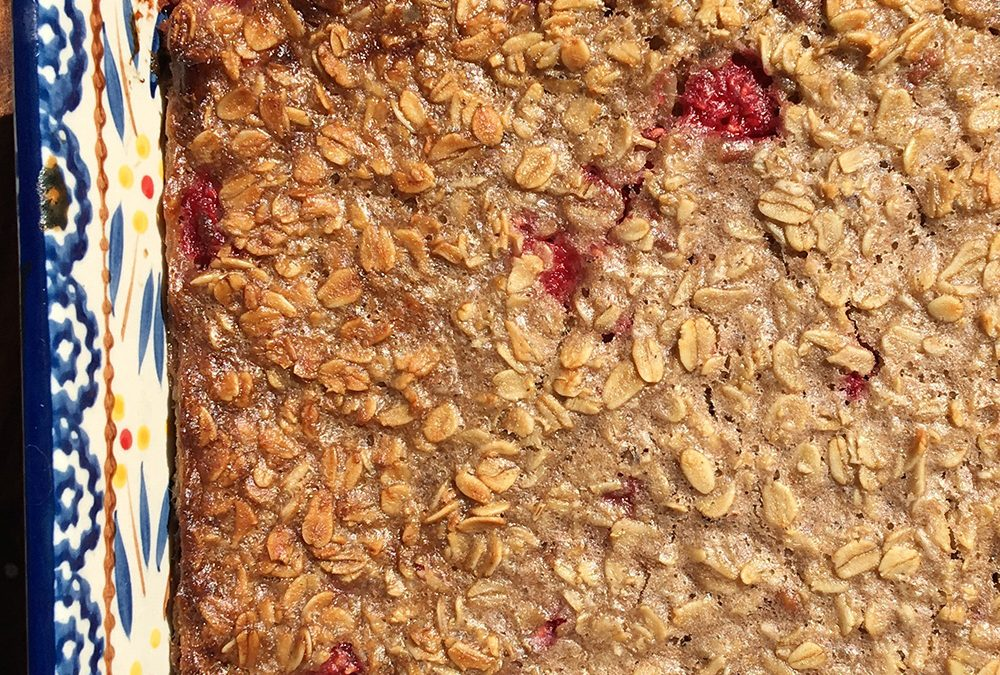Raspberry Pecan Oatmeal Bake